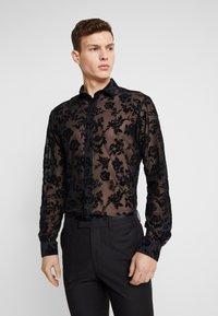 Twisted Tailor - KASH FLORAL SHIRT - Košile - black - 0