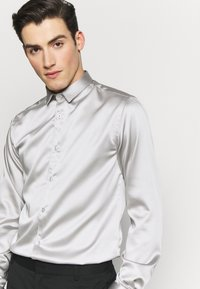 Twisted Tailor - SLINKY - Shirt - silver - 3