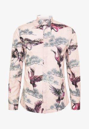 CRANE - Košile - pink