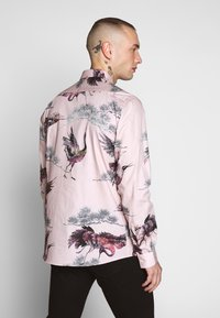Twisted Tailor - CRANE - Shirt - pink - 2