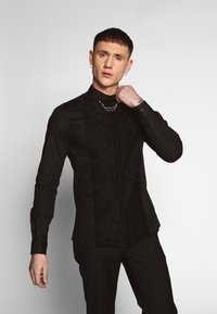 Twisted Tailor - FORM - Shirt - black - 0