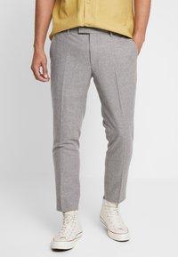 Twisted Tailor - MOONLIGHT TROUSERS - Spodnie garniturowe - light grey - 0
