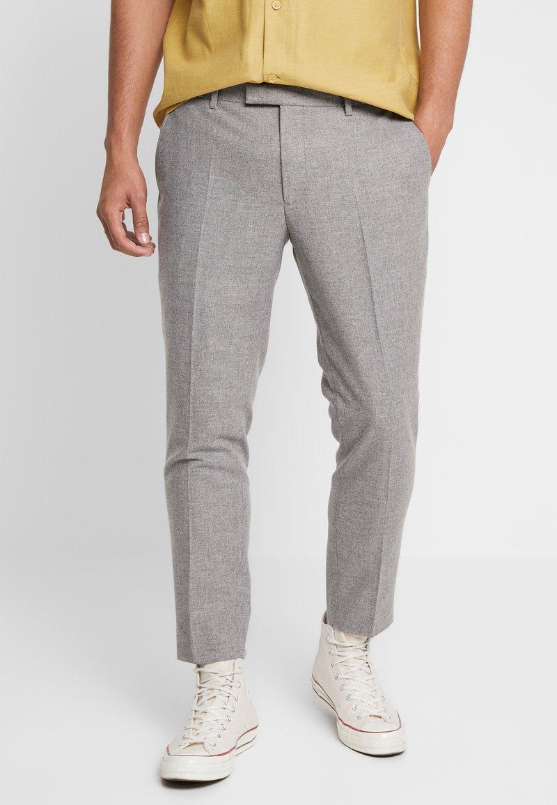Twisted Tailor - MOONLIGHT TROUSERS - Pantaloni eleganti - light grey