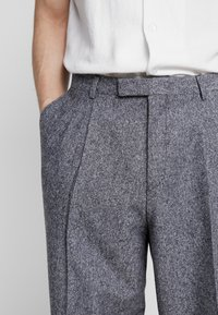 Twisted Tailor - DOORS TROUSER - Kalhoty - blue - 3