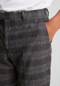 Twisted Tailor - FEVER TROUSER - Spodnie materiałowe - grey - 4