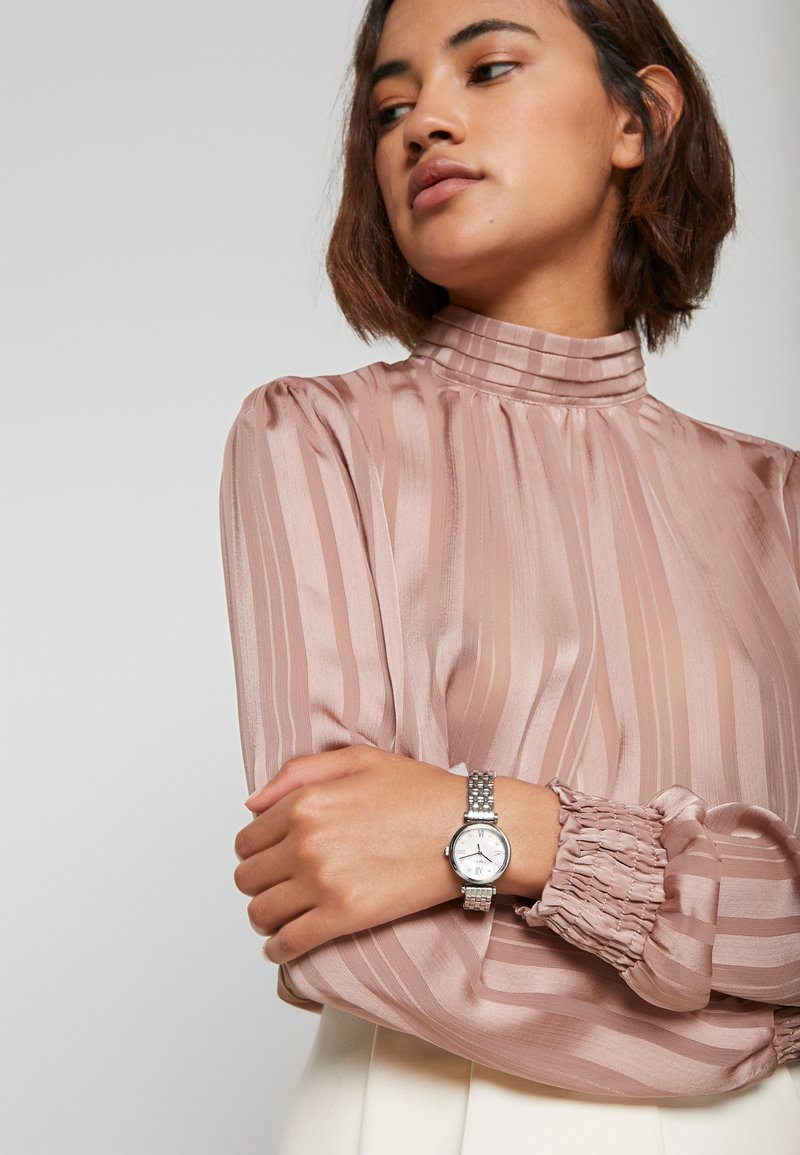 Timex - WOMENS DRESS CASE DIAL SWAROVSKI ACCENT - Watch - silver-coloured