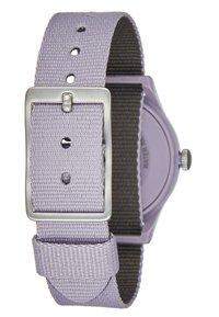 Timex - WOMENS CAMPER CASE WHITE DIAL STRAP - Watch - purple - 2