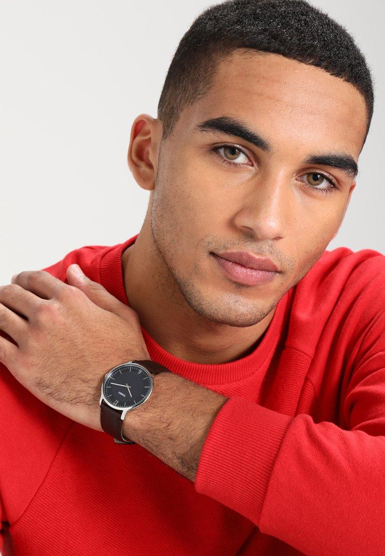 Timex - SKYLINE - Watch - darkbrown/silver-coloured