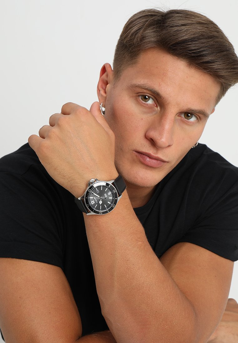 Timex - HARBORSIDE 42 mm BRACELET - Watch - black/silver-coloured
