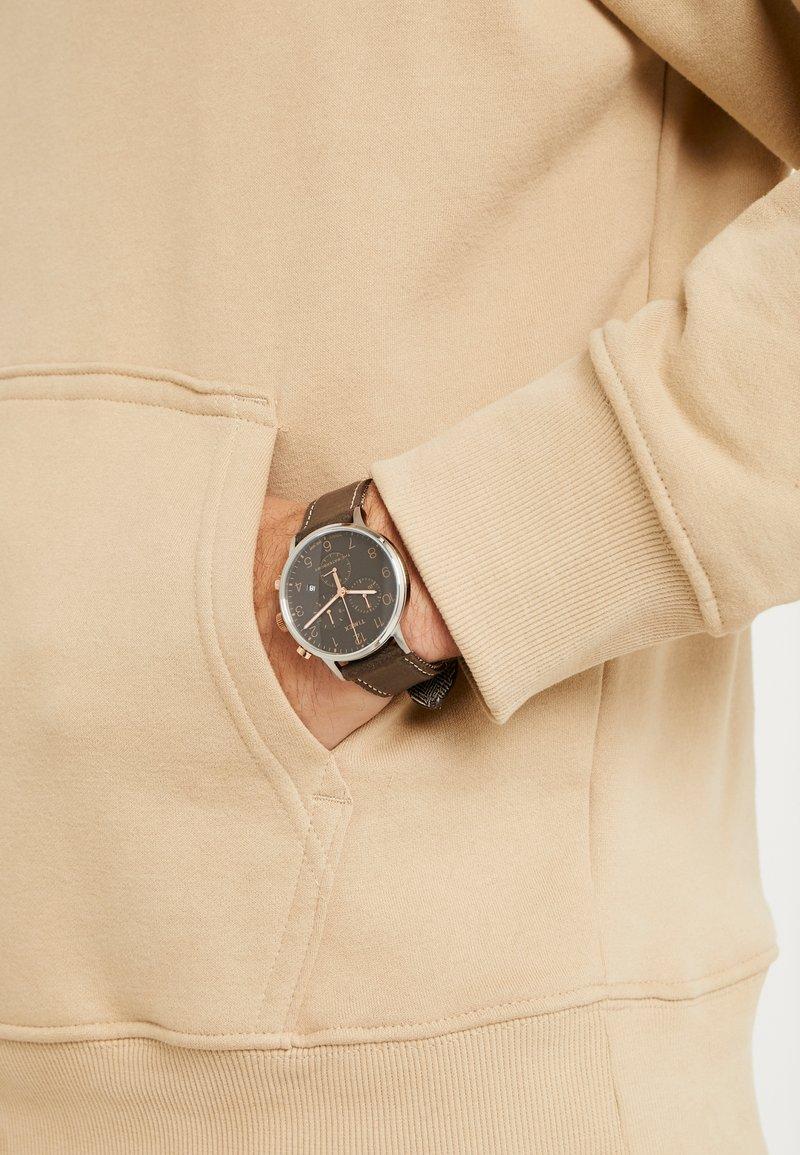 Timex - WATERBURY CLASSIC - Hodinky - silver/brown