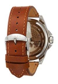 Timex - ESSEX AVENUE - Watch - tan - 1