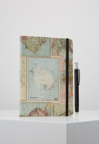 TYPO - JOURNAL NOVELTY JOURNAL SLOTH PEN SET - Jiné - grid world map - 0