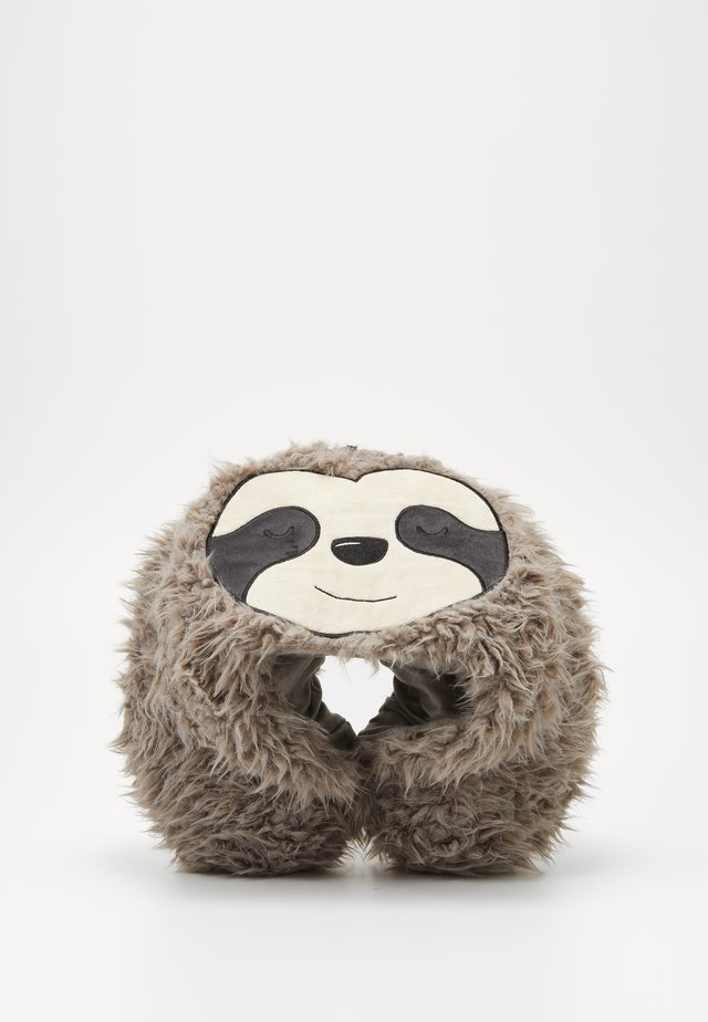 TRAVEL PILLOW WITH HOOD - Accessoires - Overig - sloth