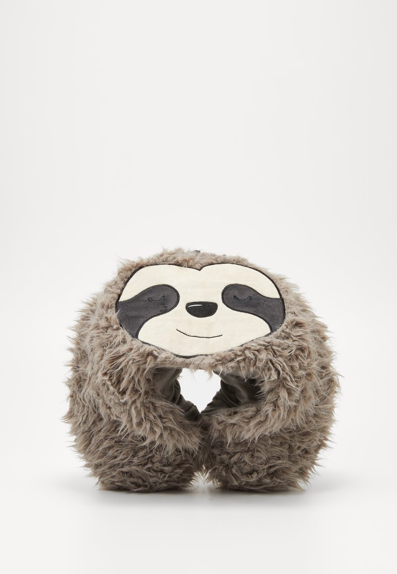 TYPO - TRAVEL PILLOW WITH HOOD - Jiné - sloth