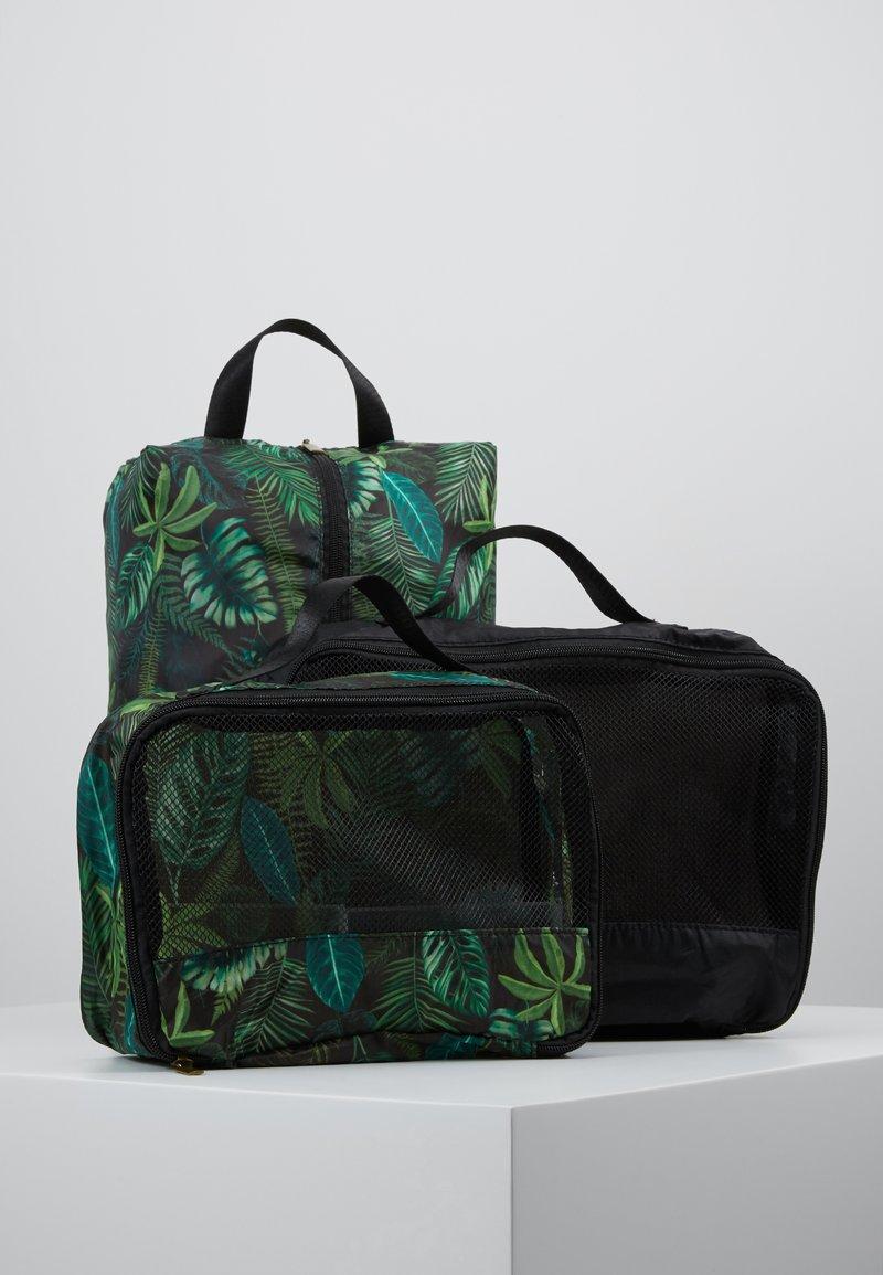 TYPO - LUGGAGE PACKING CELLS SET - Příruční zavazadlo - black/palm