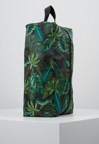 TYPO - LUGGAGE PACKING CELLS SET - Příruční zavazadlo - black/palm - 4