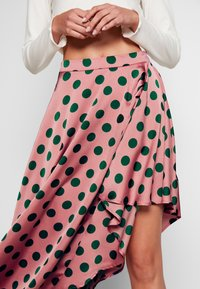 U Collection by Forever Unique - Jupe trapèze - pink/green - 4