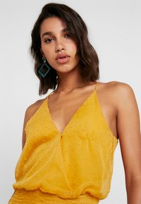 U Collection by Forever Unique - Vestito lungo - yellow