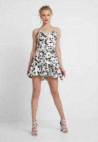 U Collection by Forever Unique - Vestito elegante - white/black - 1