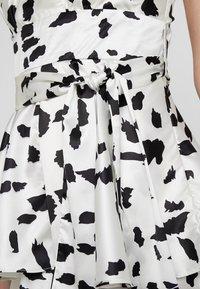 U Collection by Forever Unique - Vestito elegante - white/black - 4
