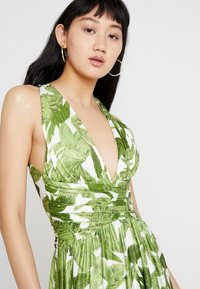 U Collection by Forever Unique - PALM DRESS - Maxi dress - white and green - 3