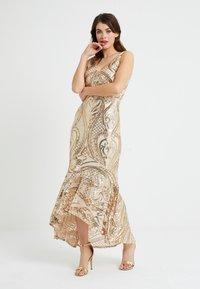 U Collection - Vestido de fiesta - gold - 2