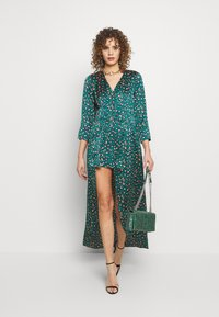 U Collection by Forever Unique - Maxi šaty - green - 1