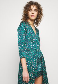 U Collection by Forever Unique - Maxi šaty - green - 3