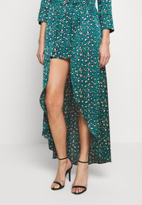 U Collection by Forever Unique - Maxi šaty - green - 5