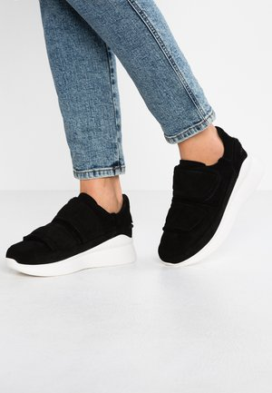 ASHBY SPILL SEAM - Sneakersy niskie - black
