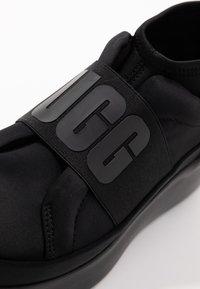 UGG - NEUTRA - Baskets montantes - black - 2