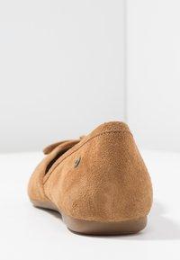 UGG - LENA FLAT - Ballet pumps - chestnut - 5