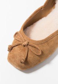 UGG - LENA FLAT - Ballet pumps - chestnut - 2