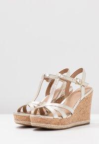 UGG - MELISSA METALLIC - High heeled sandals - gold - 4