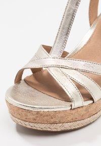 UGG - MELISSA METALLIC - High heeled sandals - gold - 2