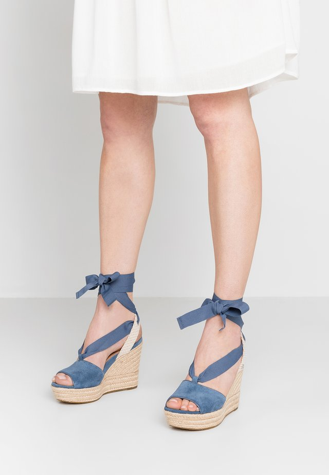 SHILOH - High heeled sandals - desert blue