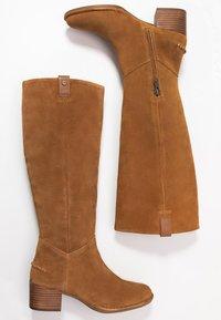 UGG - ARANA - Vysoká obuv - chestnut - 3