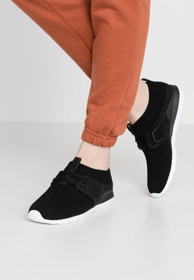 WILLOWS - Sneakers laag - black