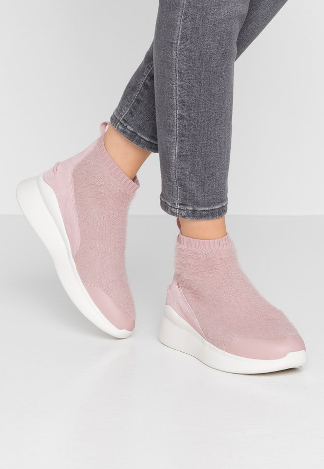 GRIFFITH - High-top trainers - pink crystal