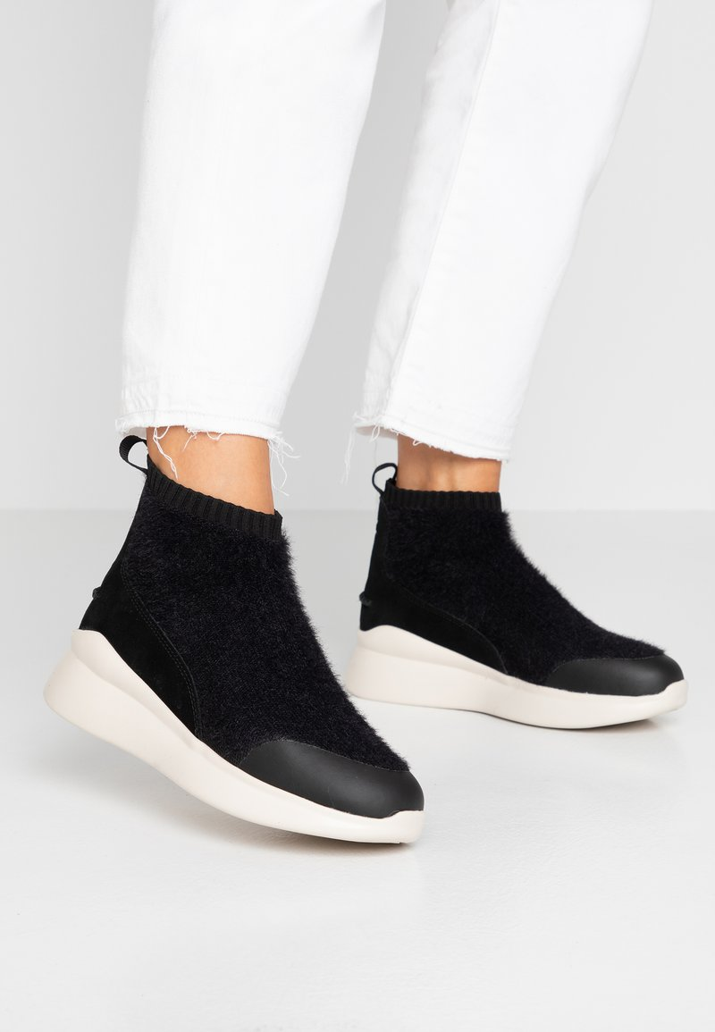 UGG - GRIFFITH - High-top trainers - black
