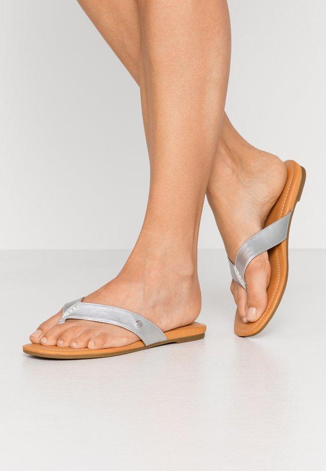 TUOLUMNE - T-bar sandals - silver