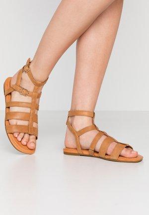 LLAGAS - Sandals - alm