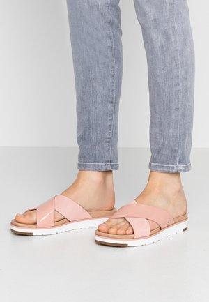 KARI - Pantofle - light pink
