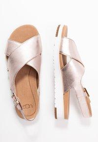 UGG - KAMILE - Sandals - blush metallic - 3