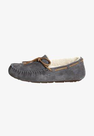 DAKOTA - Domácí obuv - pewter