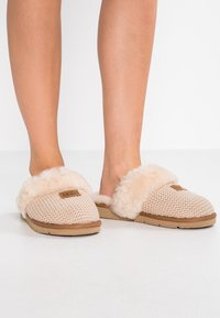 UGG - COZY - Slippers - cream - 0