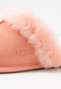 UGG - SCUFFETTE  - Slippers - byron pink - 2