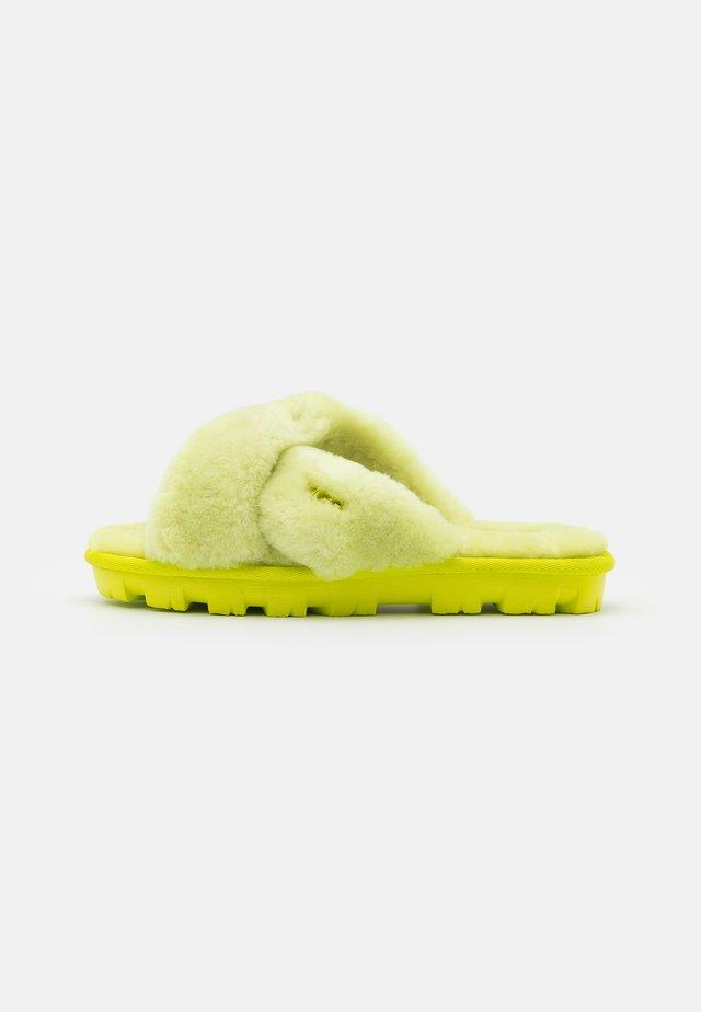 FUZZETTE - Pantofole - sulfur
