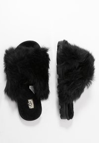 UGG - FUZZALICIOUS - Slippers - black - 3