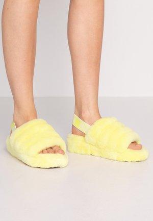 FLUFF YEAH SLIDE  - Chaussons - neon yellow